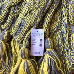 Maurices Accessories - NWT Maurice's Gray and Lime Green Knit Scarf